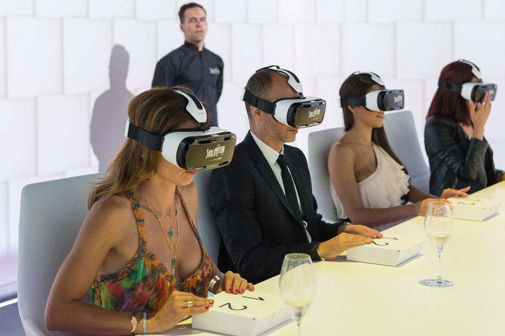Un dîner en réalité virtuelle dans le restaurant Sublimotion