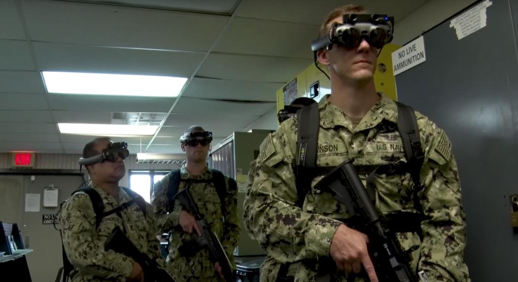 Les Marines utilisent la réalité augmentée pour s'entraîner sur des missions en mer