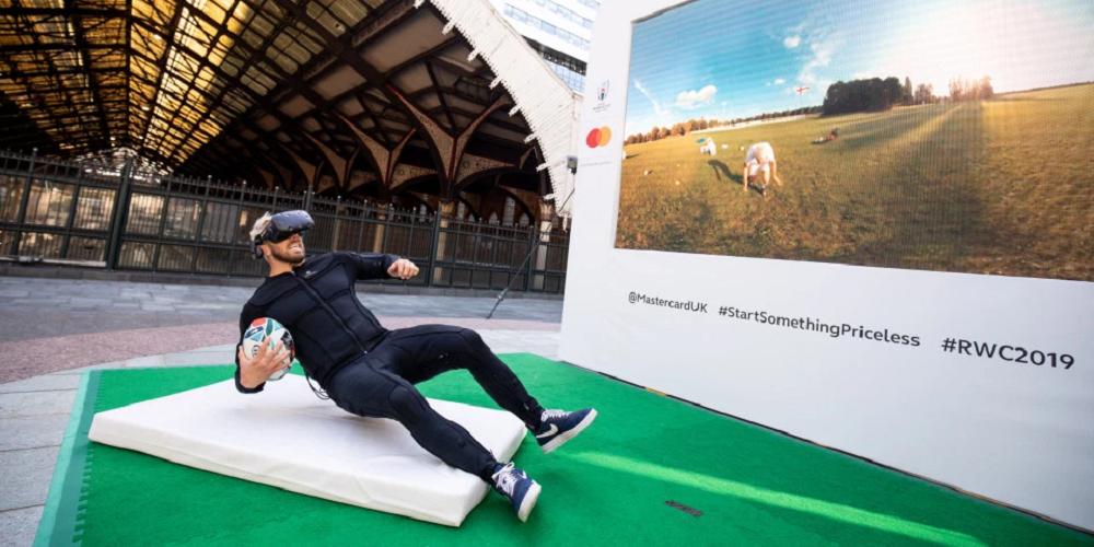 Mastercard utilise la réalité virtuelle et la technologie haptique pour s'immerger dans un match de rugby