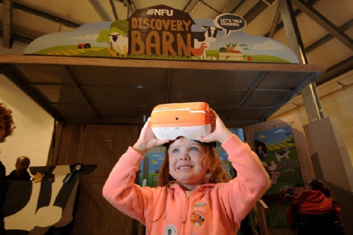 La réalité virtuelle pour sensibiliser aux métiers de la ferme