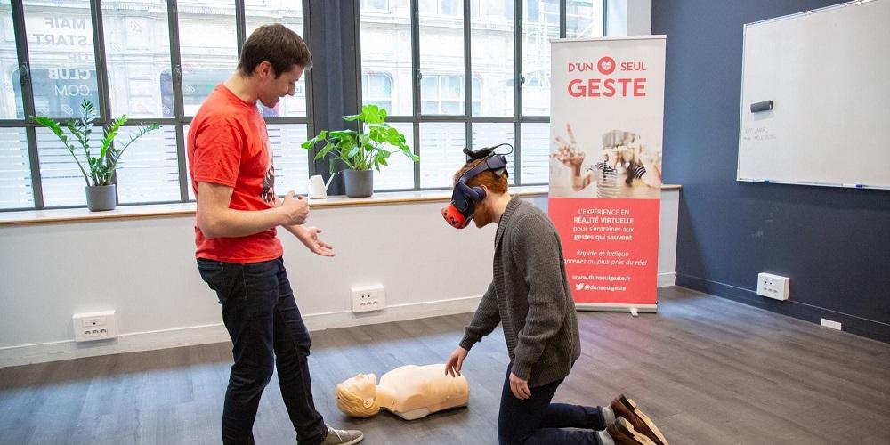 D'un seul geste propose une formation de premiers secours en réalité virtuelle