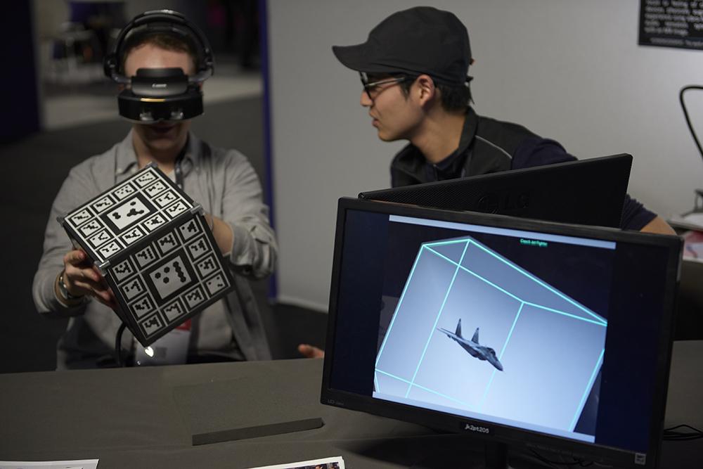 Des projets de recherche VR/AR aux compétitions ReVolution #Research à Laval Virtual 2020