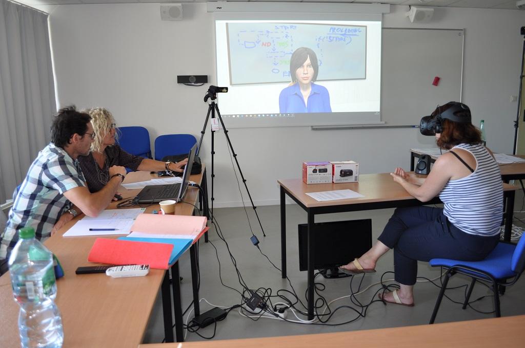 TGRIS est un projet de simulateur d'émotions en réalité virtuelle