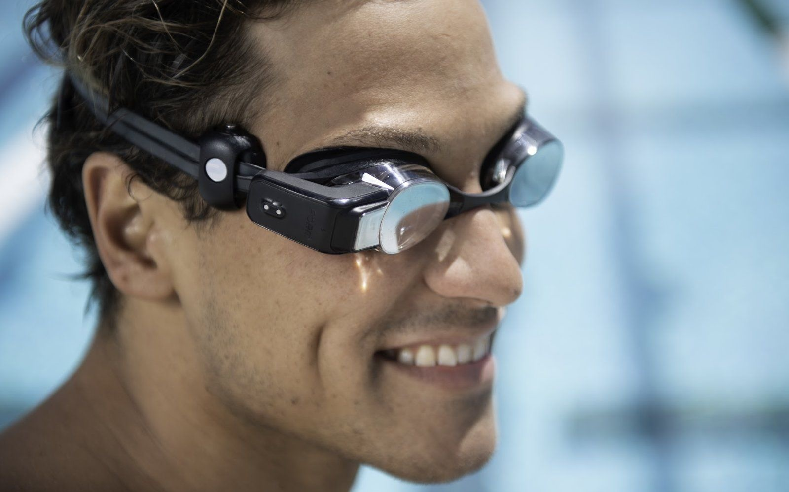 Form Swim Goggles, augmented reality glasses for swimming