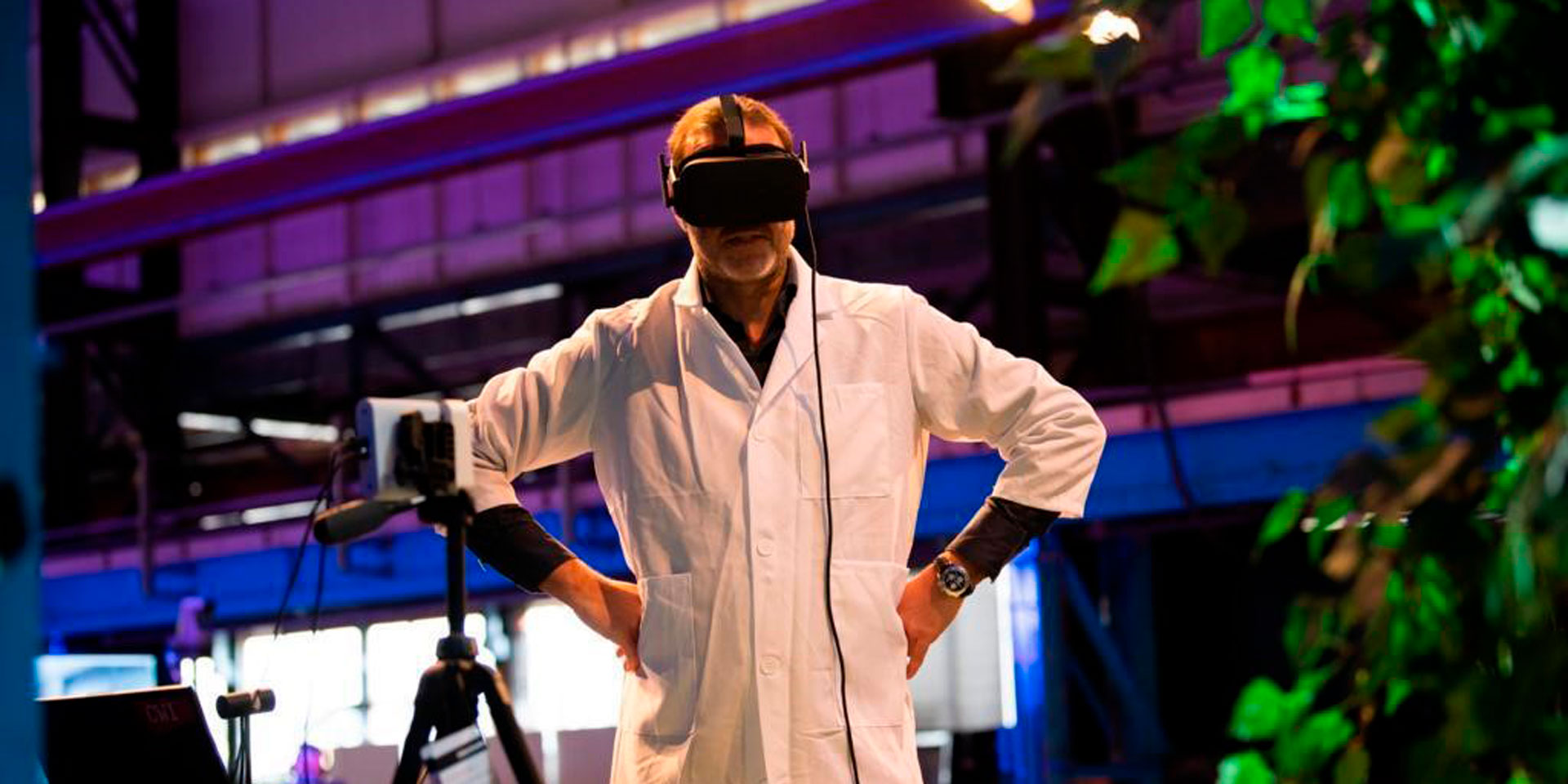 VRtogether presented the world's first volumetric video-conference on a public 5G network
